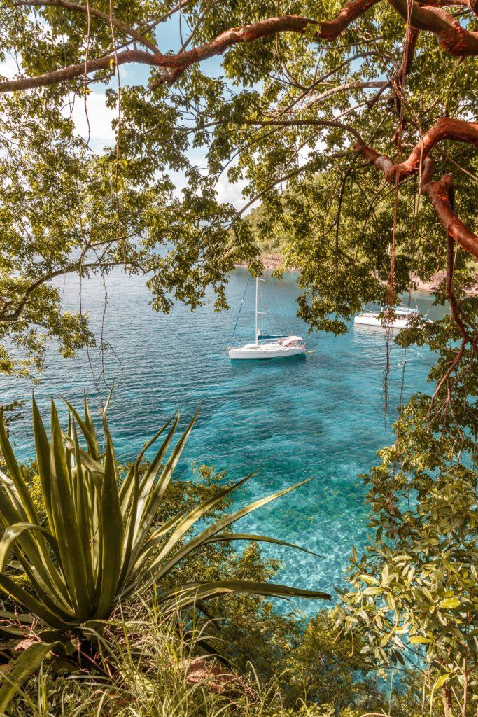Découvrir la Martinique en bateau